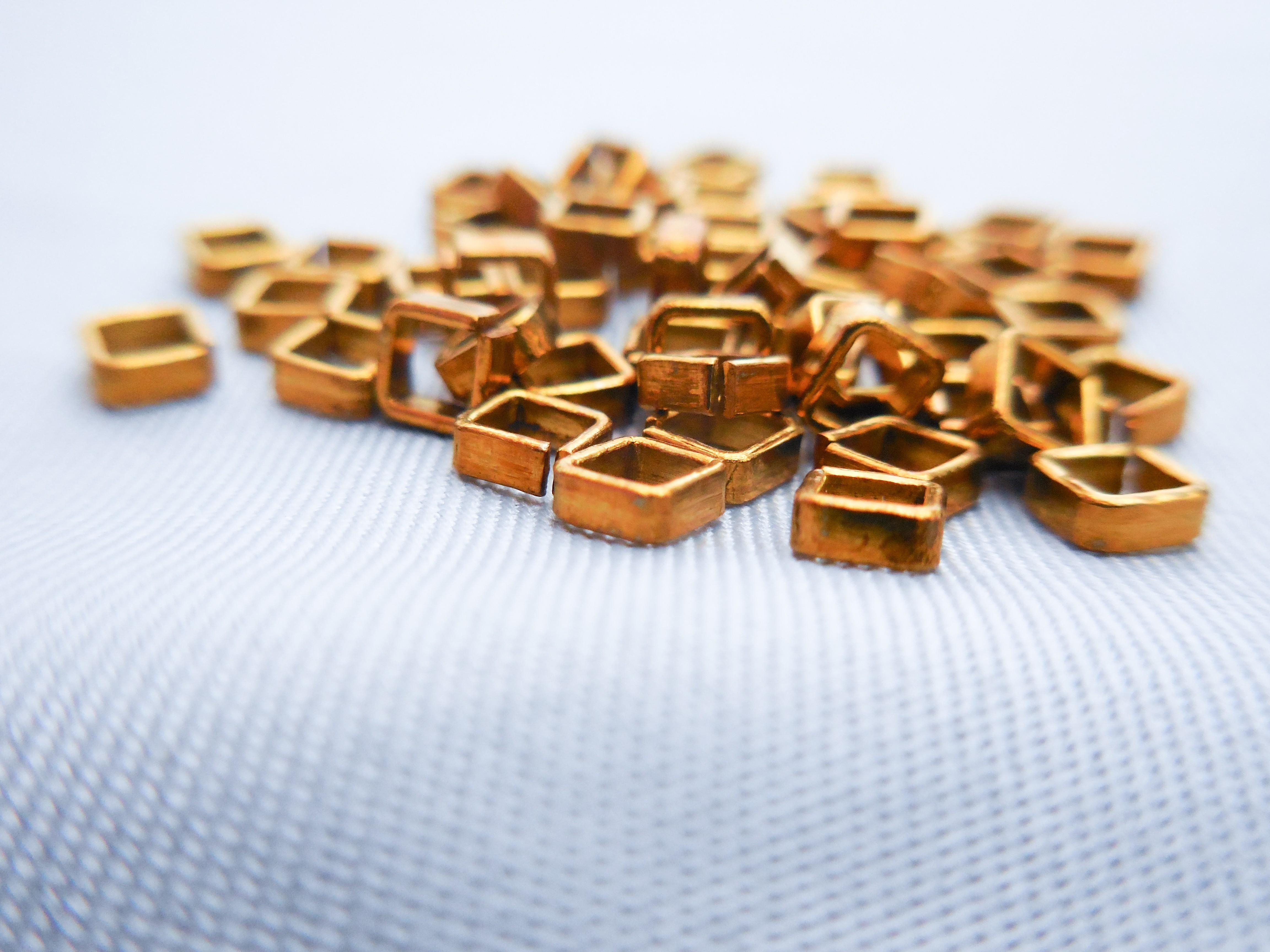Square Split Ring, Brass (2.5mm, AM4004/25)