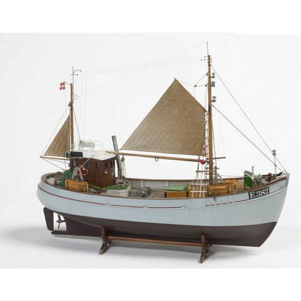 Mary Ann (Billing Boats 1:33)