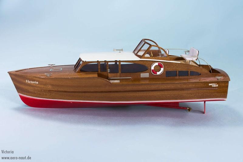 Victoria Luxury Yacht (Aero-naut)