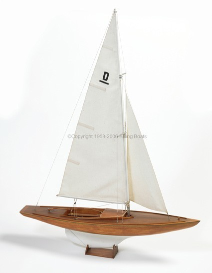 Dragen Racing Sailboat (Billing Boats, 1:60)