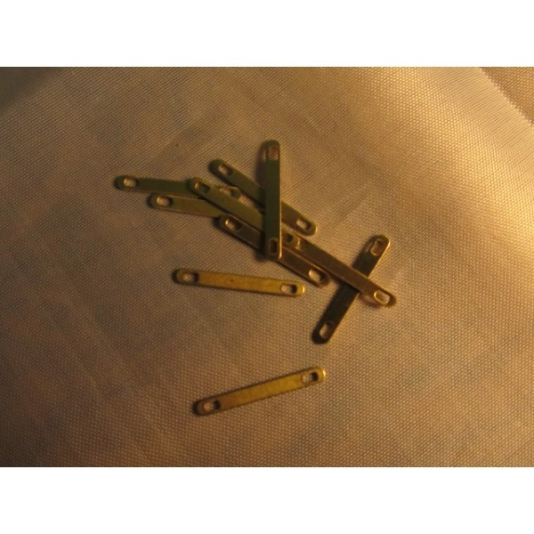 Chain Plate (20mm, Billing Boats)