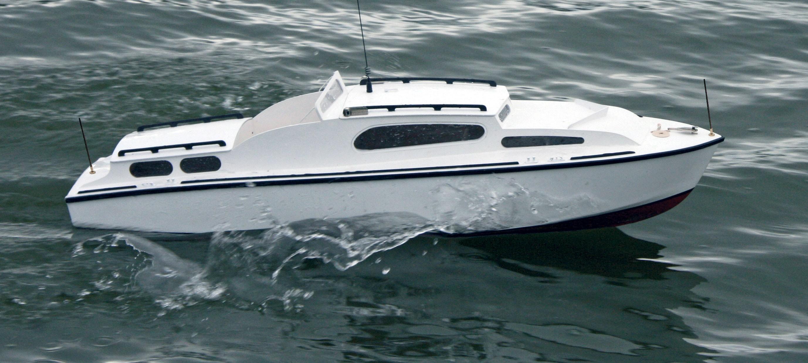 Sea Commander Cabin Cruiser (Caldercraft)