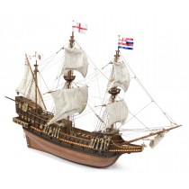 Golden Hind Scale: 1:85