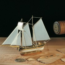 Hannah Ship-in-a-Bottle Kit (Amati, 1:300)